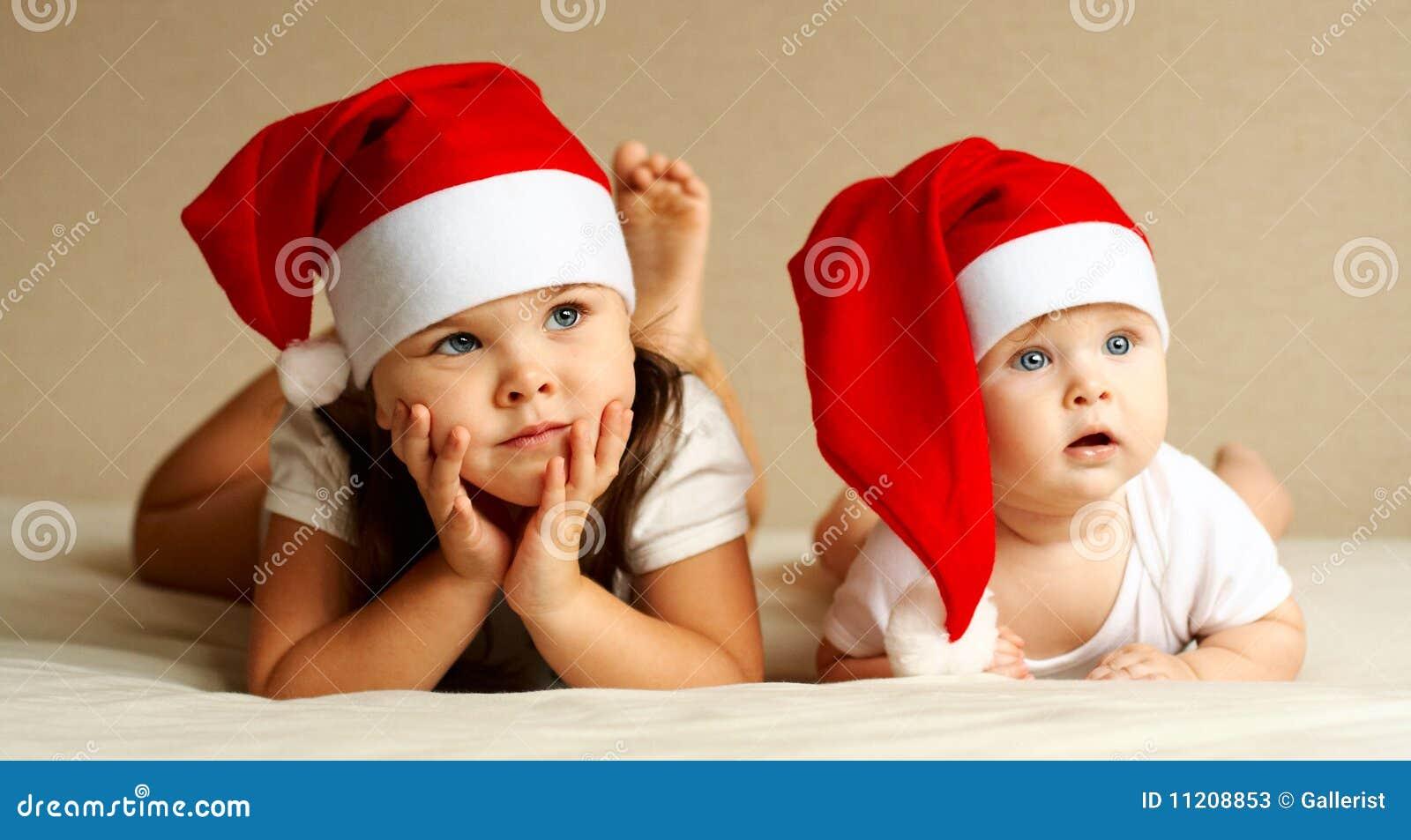 Het meisje en de Baby van Kerstmis