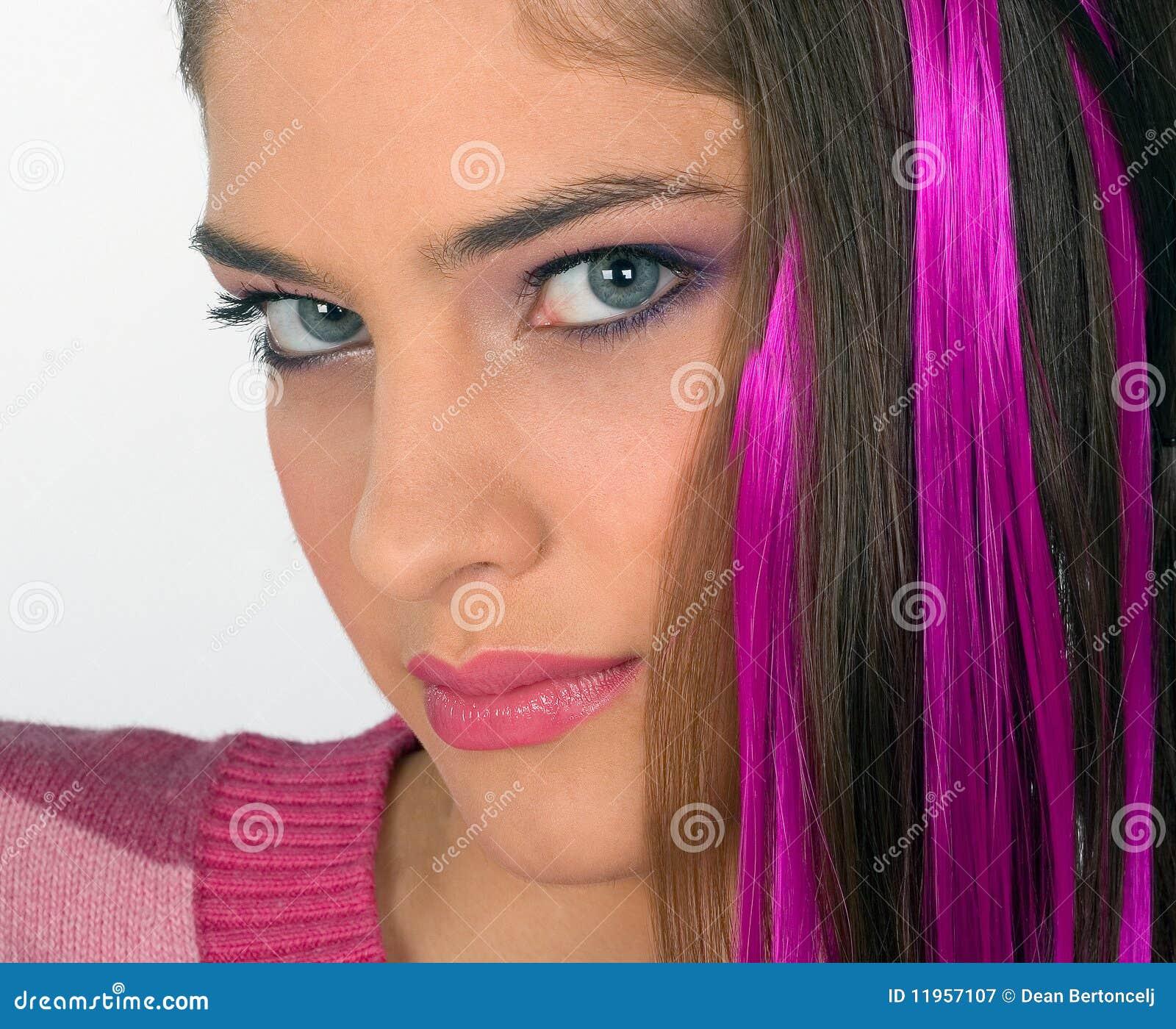 Het meisje van de tiener in roze