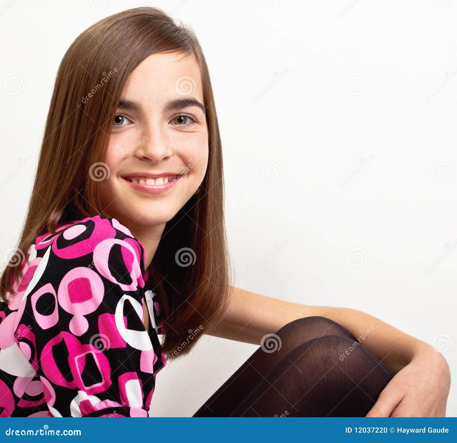 Het meisje van preteen stock foto afbeelding 12037220 - Foto tiener ruimte meisje ...