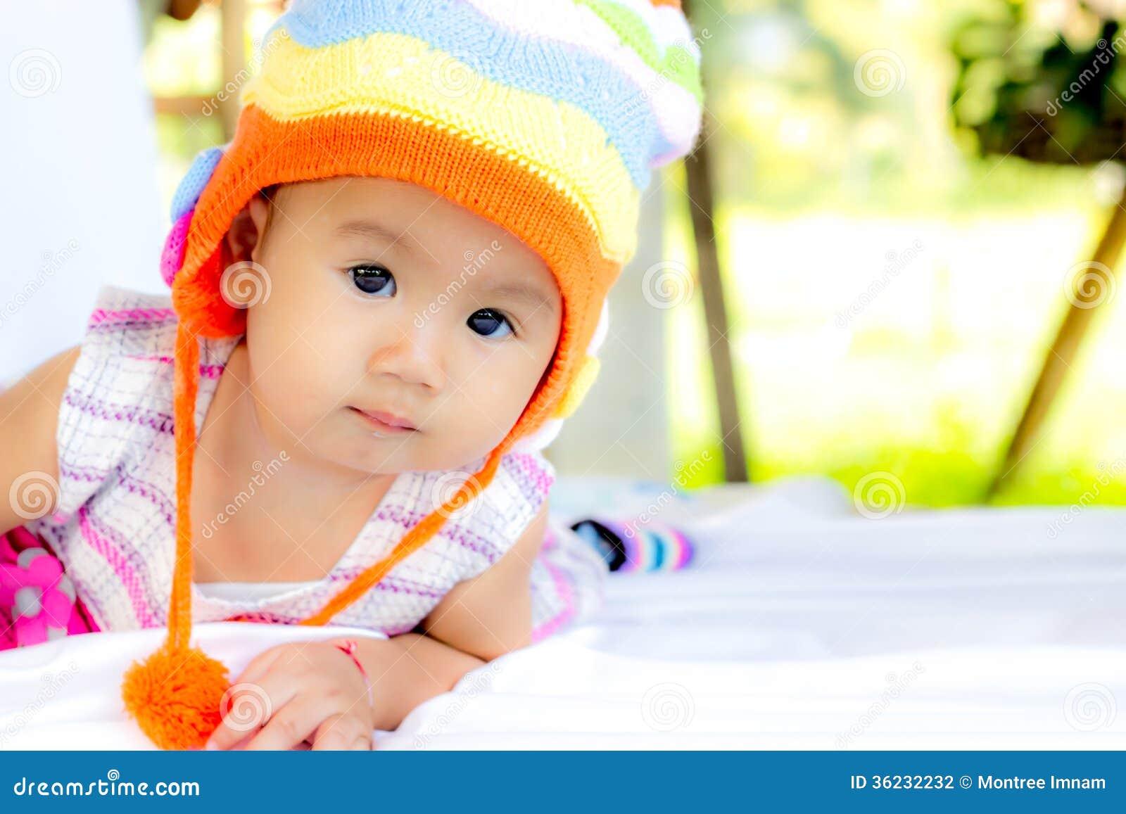 Het Meisjesportret van de baby Leuk Baby
