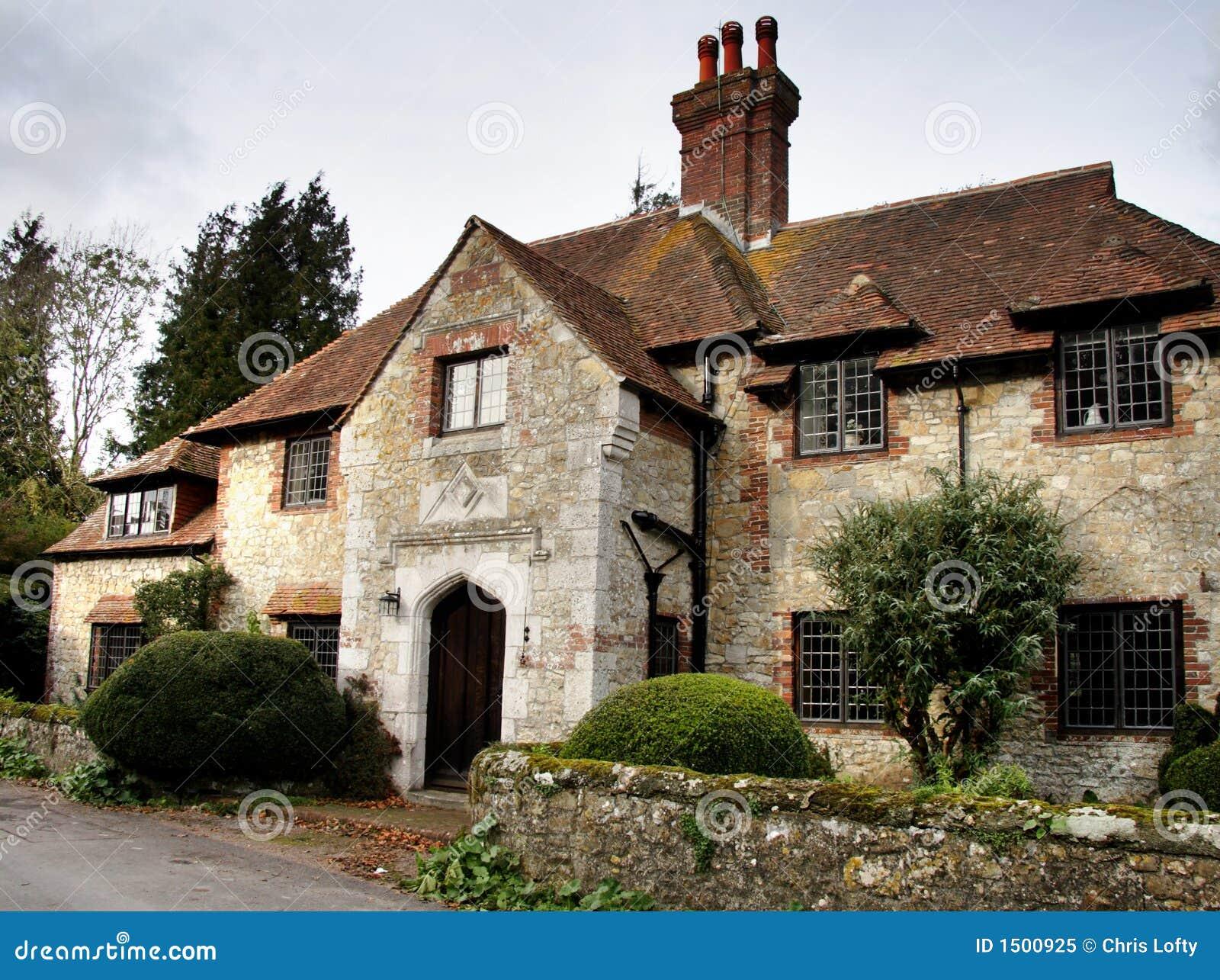 Het middeleeuwse huis van het dorp stock afbeelding afbeelding 1500925 - Foto huis in l ...