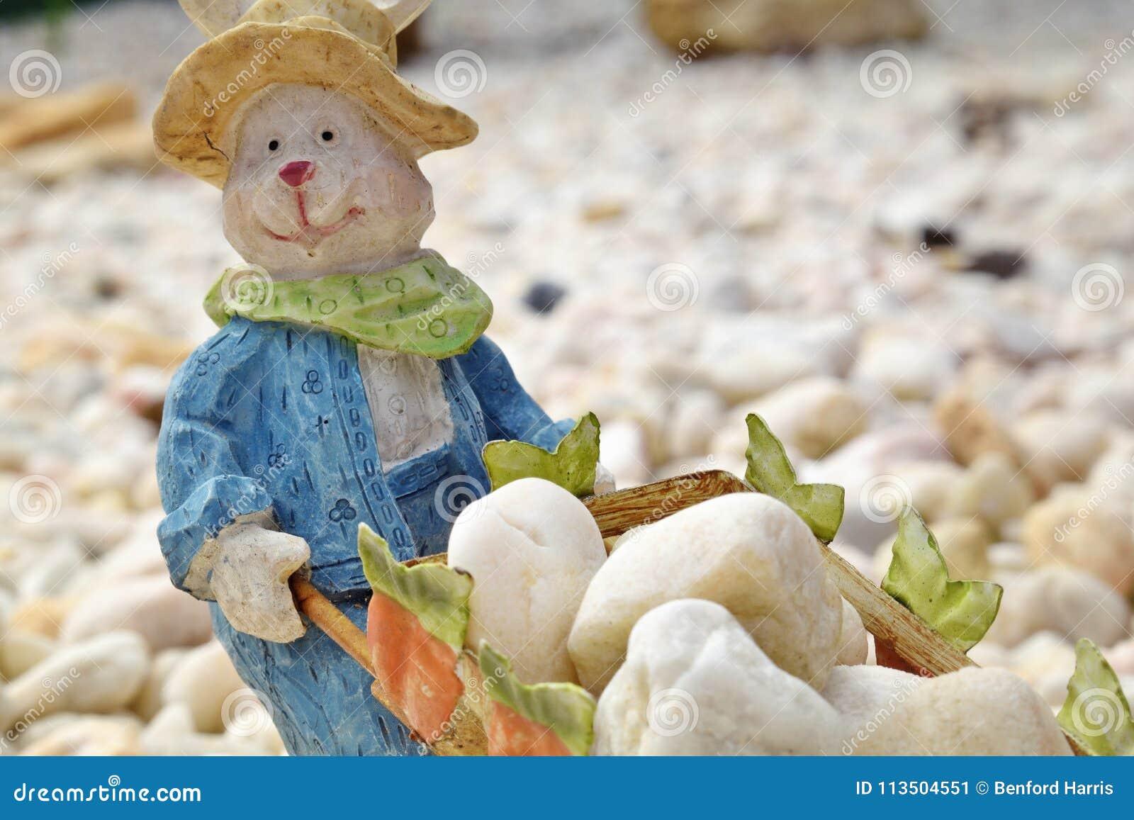 ` Het miniatuurkonijn van Bunny Farmer ` HD met kruiwagenhoogtepunt van rotsen