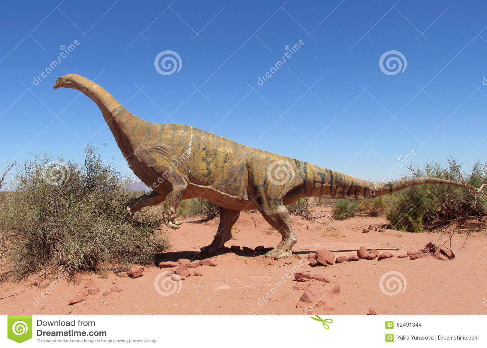 Het model van een dinosaurus