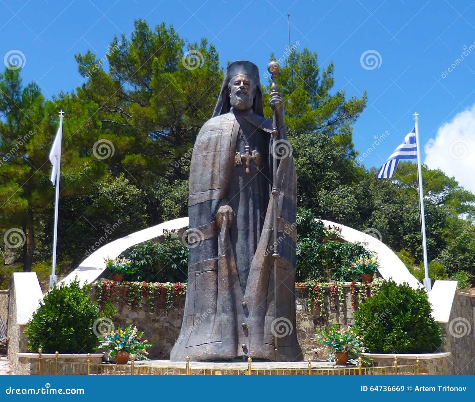 Het monument aan de eerste President van Cyprus Aartsbisschop Makarios