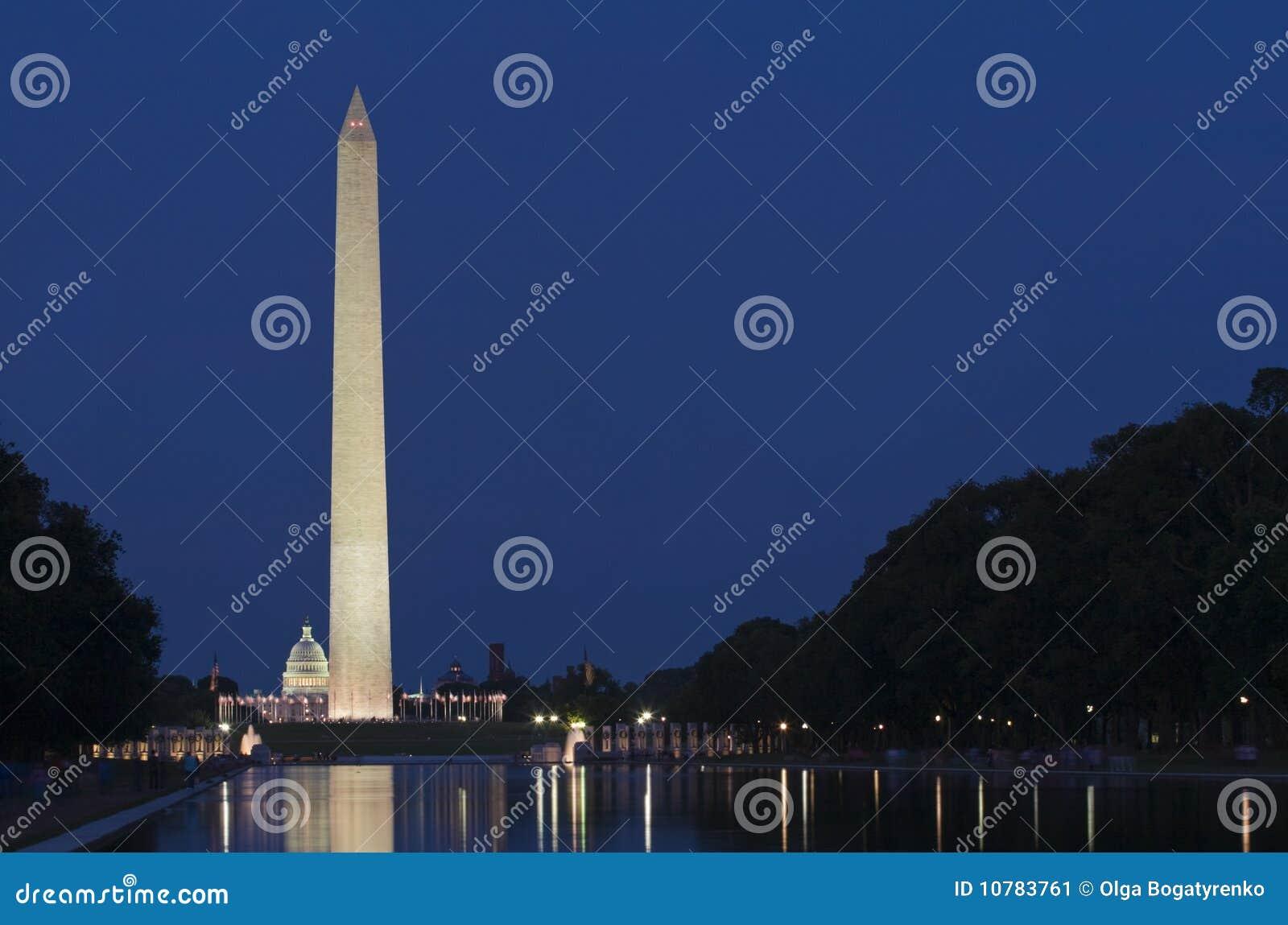 Het Monument van Washington, gelijkstroom, bij Nacht