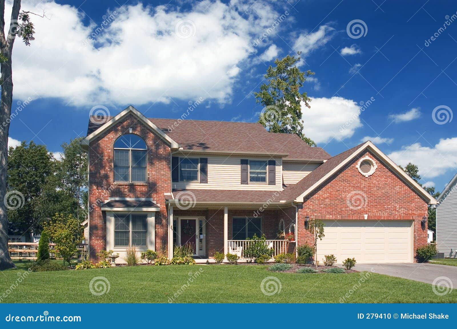 Het mooie huis van de baksteen stock foto afbeelding bestaande uit