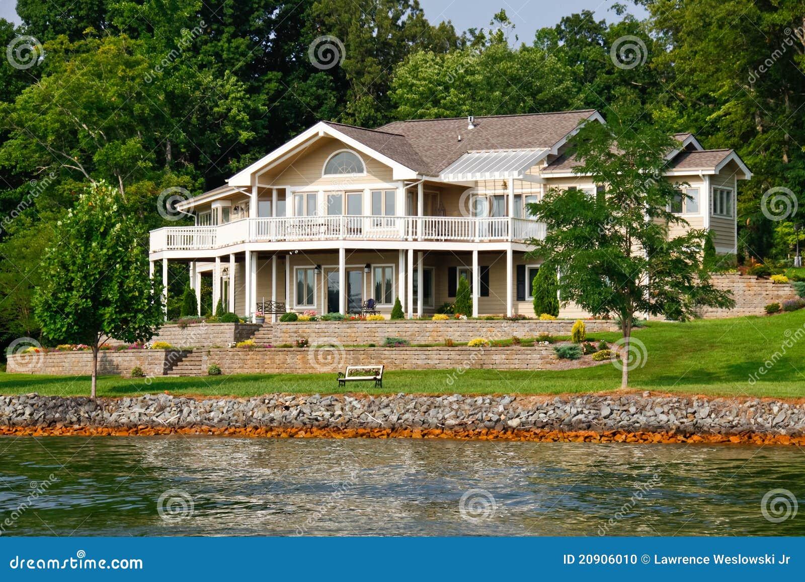 Het mooie Huis van de Waterkant, het Meer van de Berg van Smith