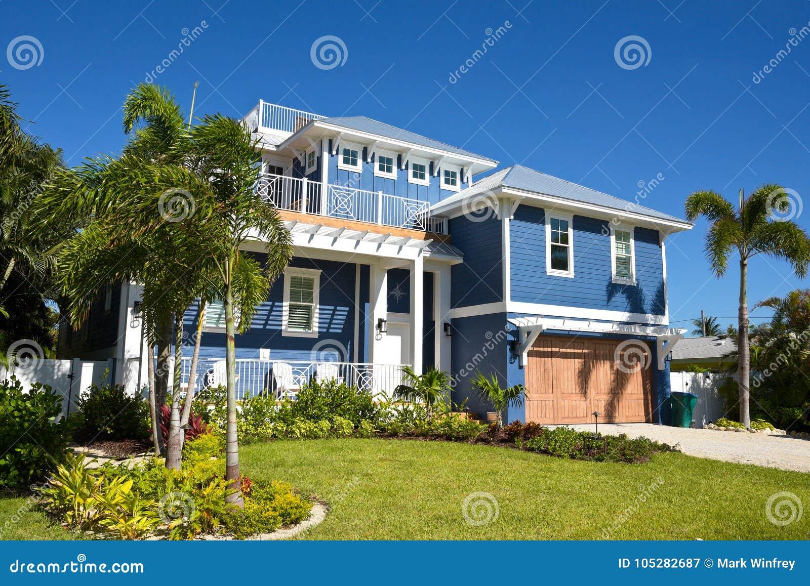 Het mooie huis van florida stock afbeelding. afbeelding bestaande
