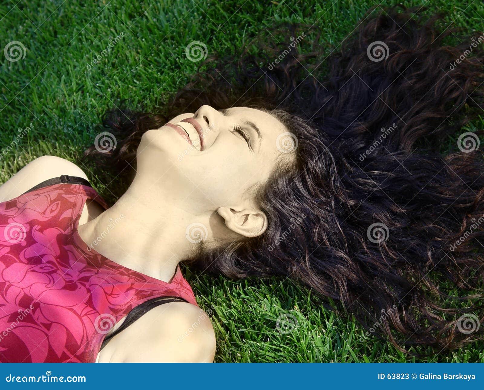 Het mooie meisje lachen