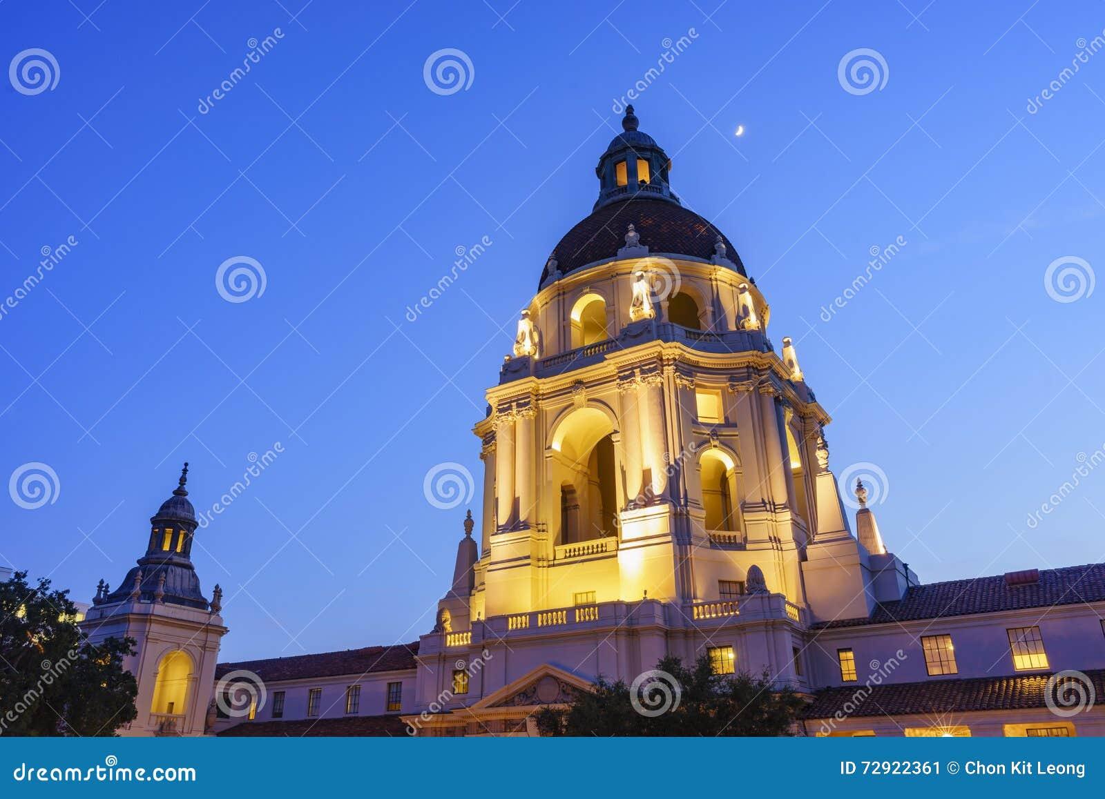 Het mooie Stadhuis van Pasadena dichtbij Los Angeles, Californië