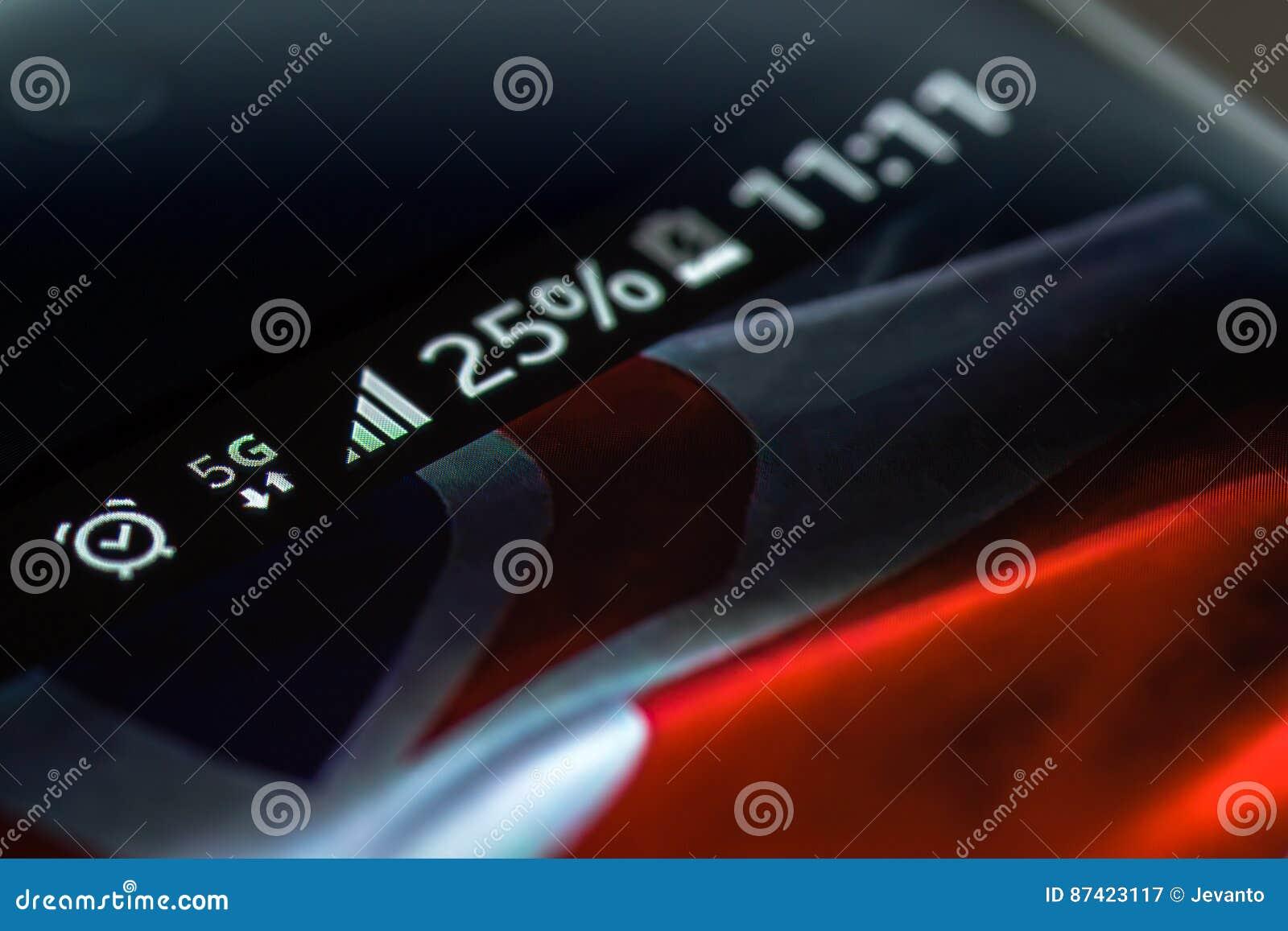 Het netwerk van Smartphone 5G 25 percentenlast en Britse vlag