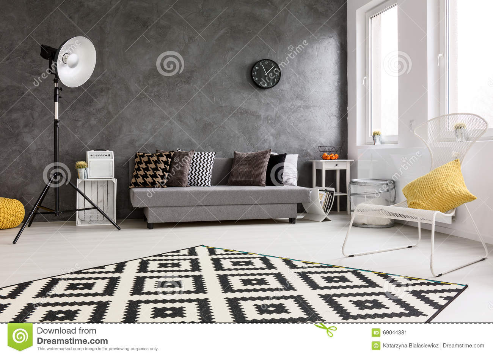 Het nieuwe idee van de ontwerp grijze woonkamer stock Grijze woonkamer