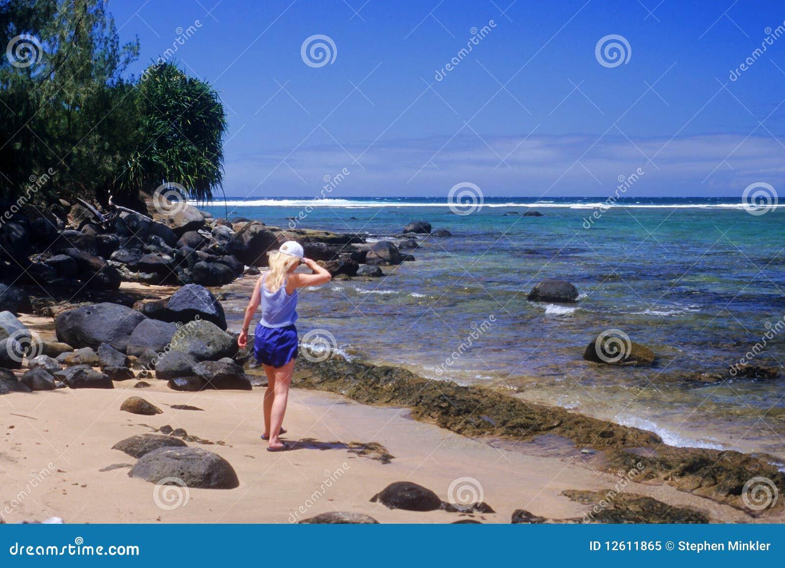 Het onderzoeken van Baai Hanalei