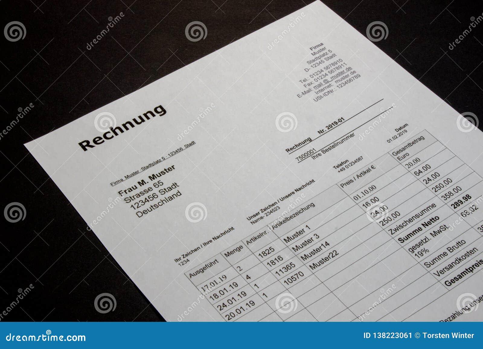 Het ontwerp van rekeningsmalplaatjes in minimale stijl