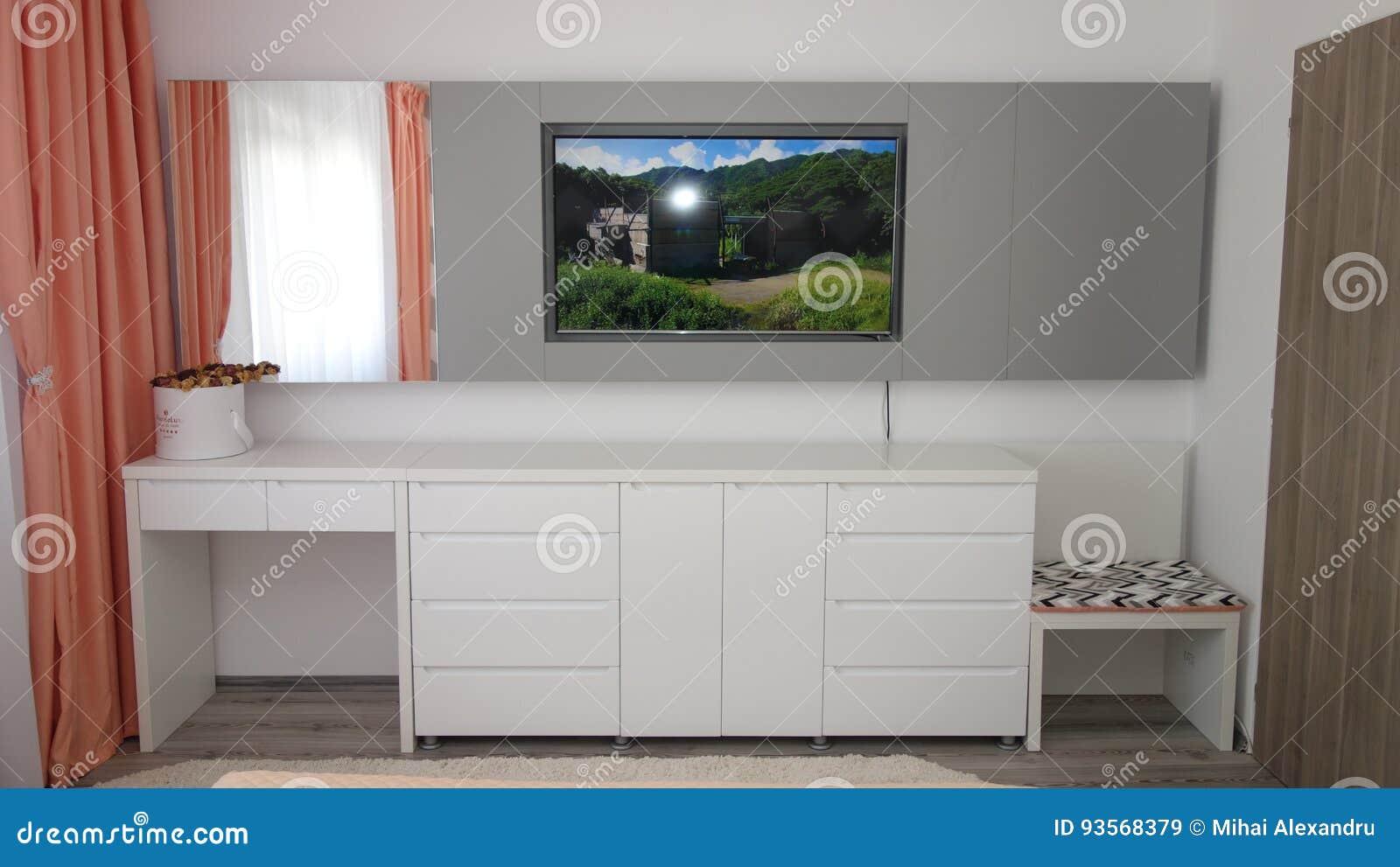 Kleedkamer In Slaapkamer : Het ontwerpidee van de flatjeslaapkamer de tribune van muurtv