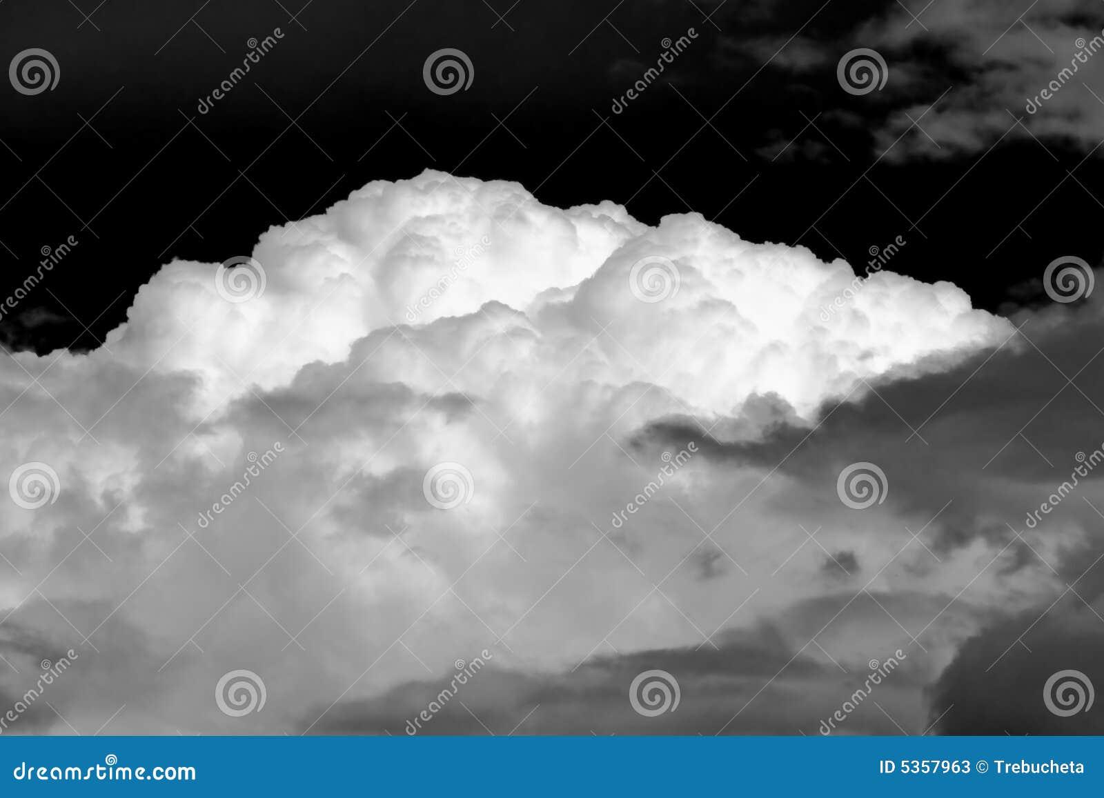 Het onweer van de de wolkenhemel van de aard