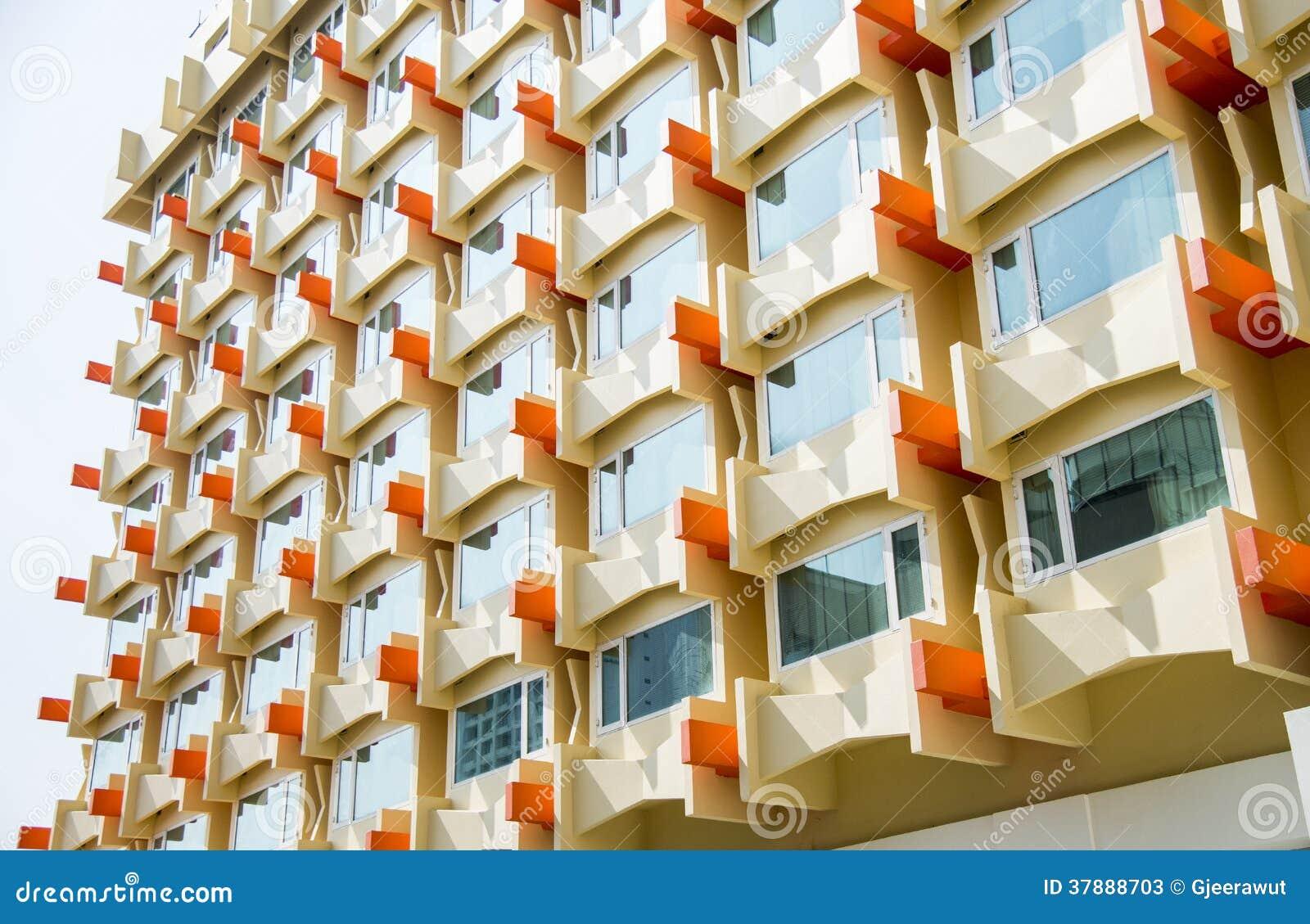 Het Oranje Vensterflatgebouw met koopflats pattern2