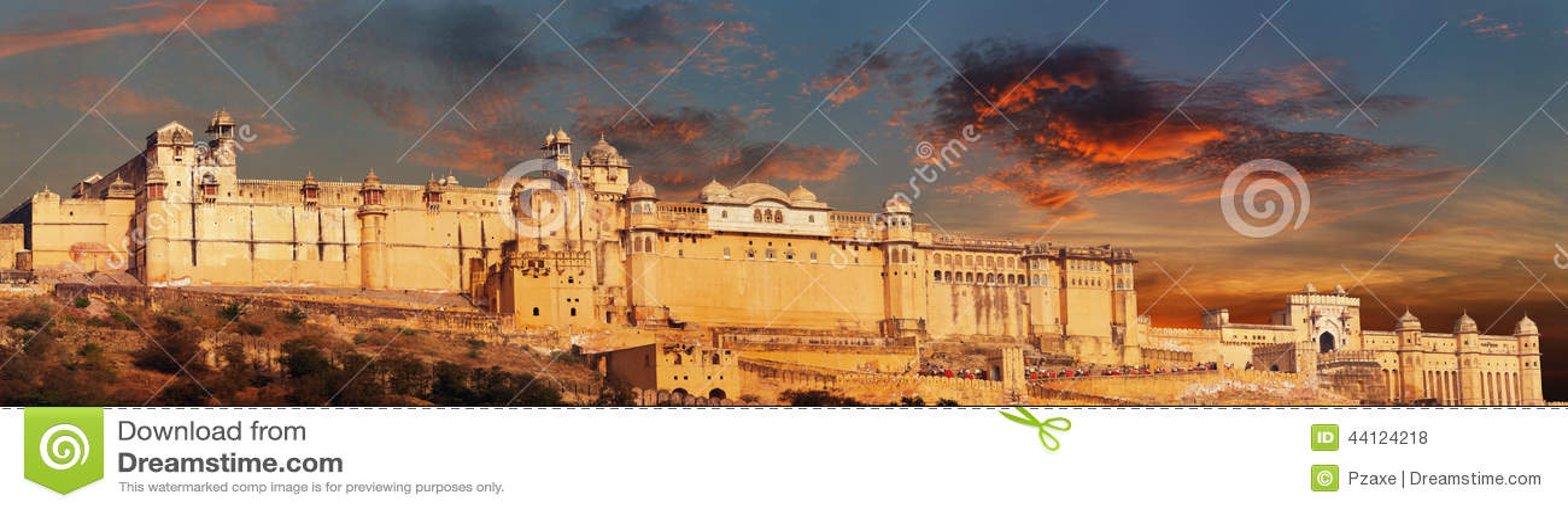 Het oriëntatiepunt van India - Jaipur, Amberfortpanorama