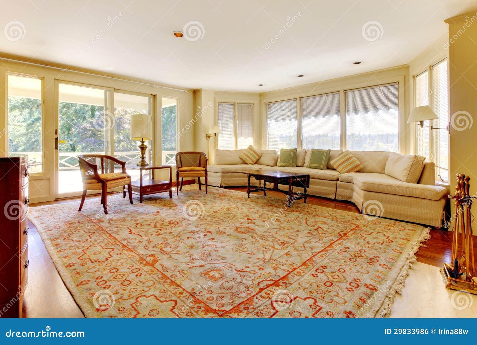 Oude amerikaanse huis grote woonkamer royalty vrije stock afbeelding afbeelding 29833986 - Deco grote woonkamer ...