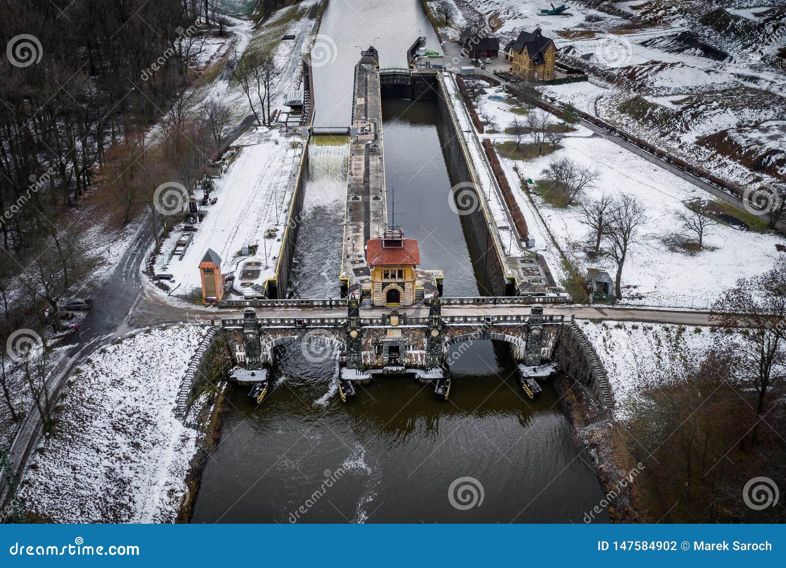 Het oude slot in Melnik-stad