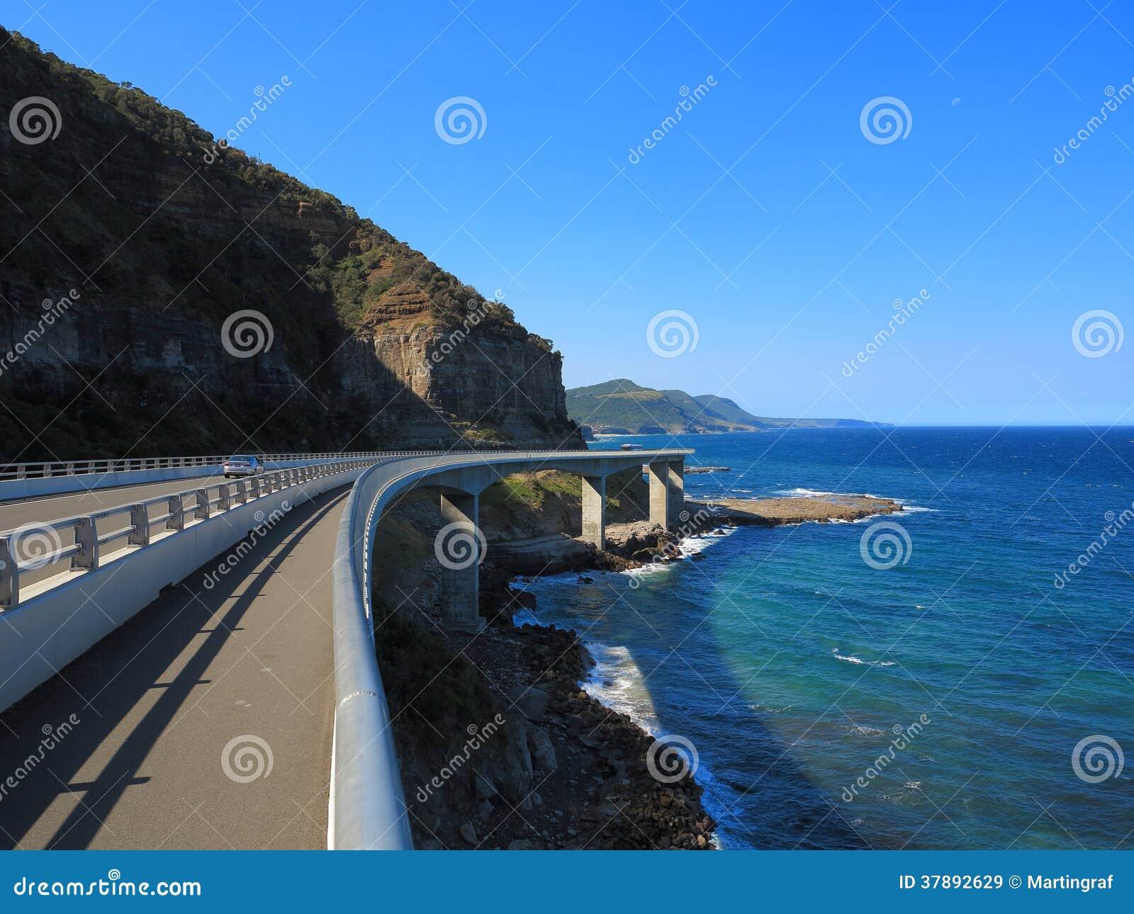 Het overzeese landschap van Cliff Bridge