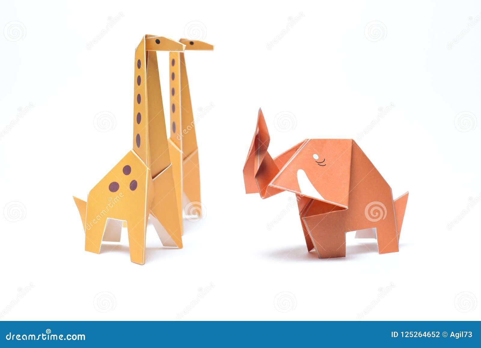 Het Paar en de Olifant van de origamigiraf