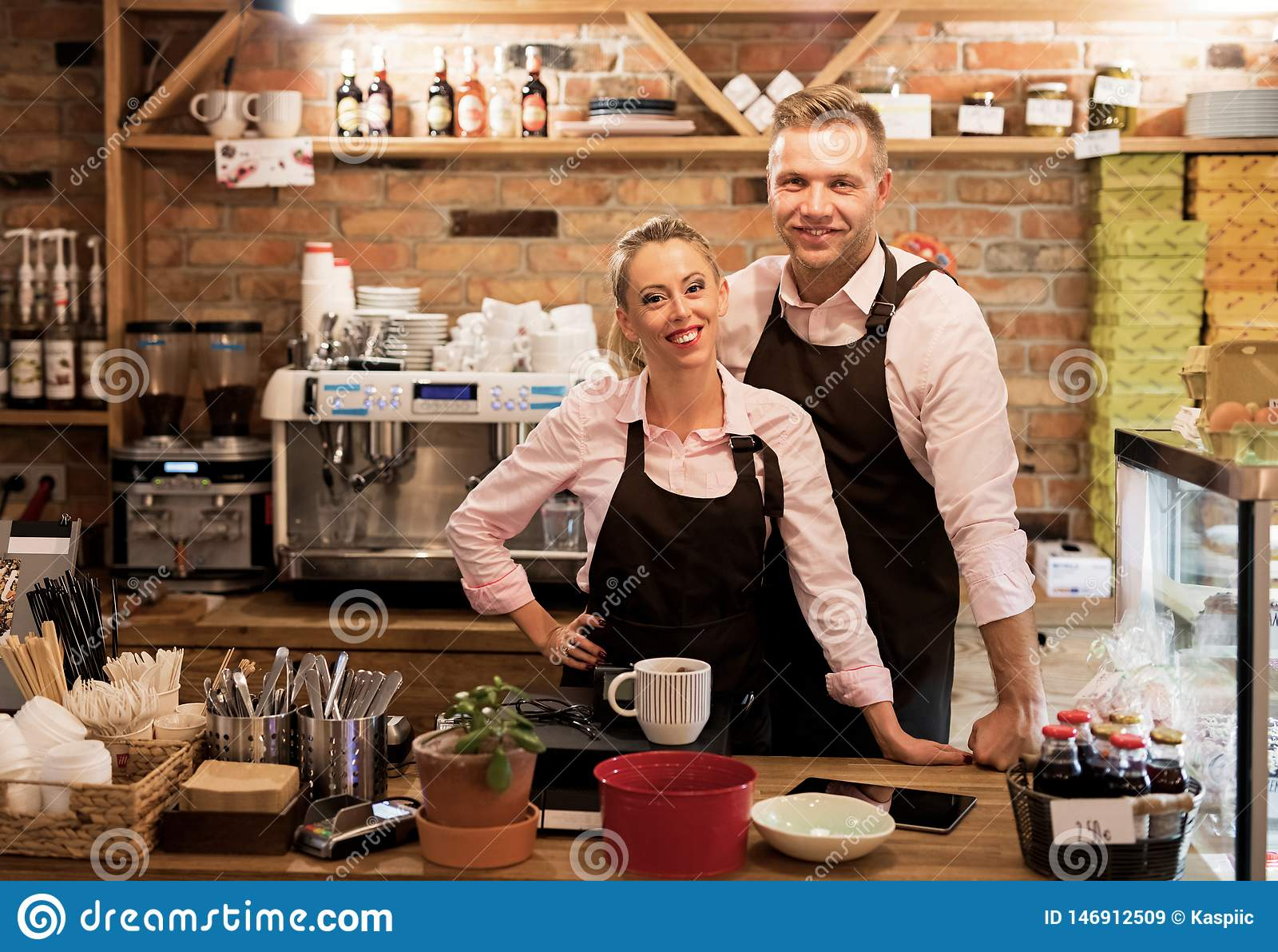 Het paar is hun eigen koffie begonnen