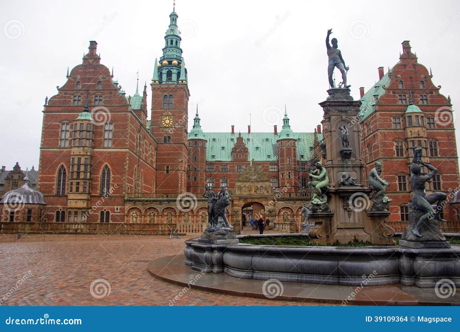 Het Paleis van Frederiksborg of Kasteel, Hillerod, Denemarken
