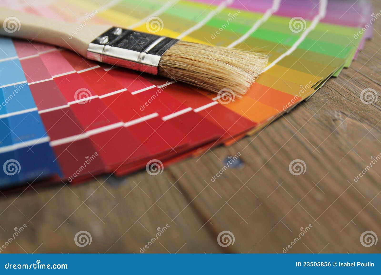 Het palet en de borstel van de kleur