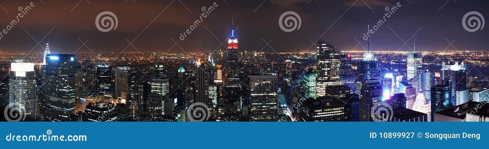 Het panorama van de nachtscènes van de Stad van New York