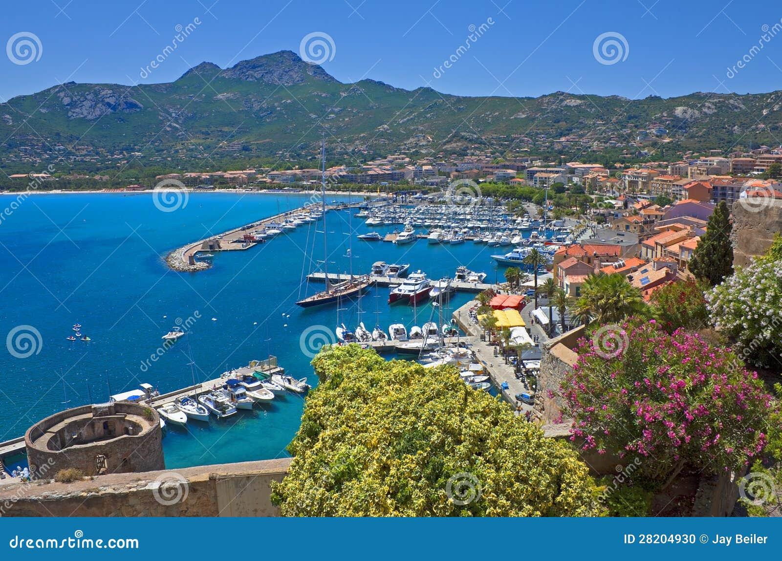 Het panorama van de zomer van Calvi, Corsica