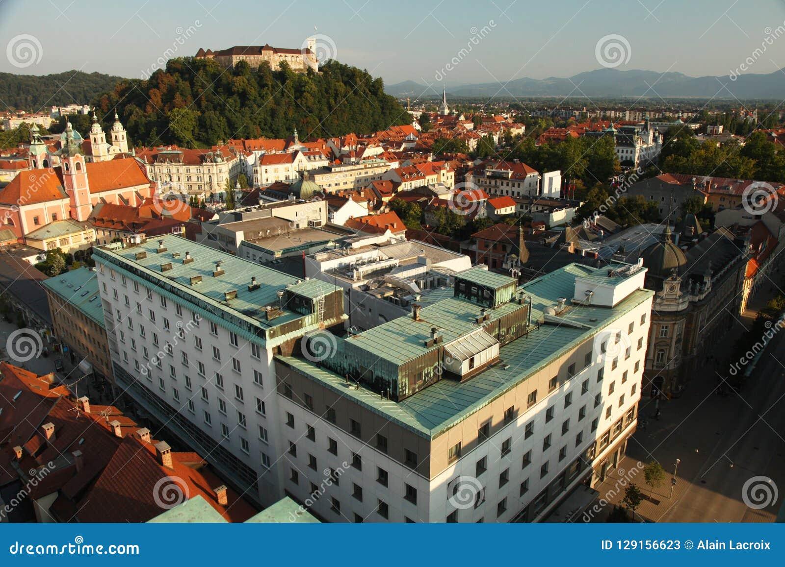 Het panorama van Ljubljana Slovenië