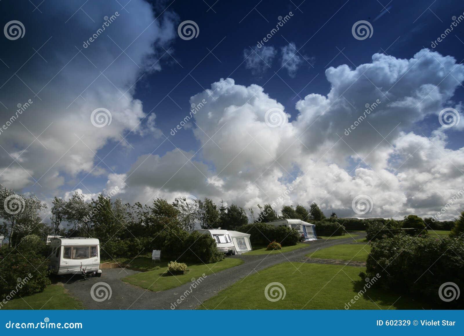 Het park van de caravan