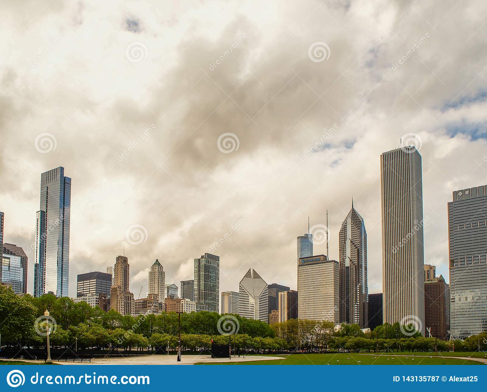 Het Park van het de gebouwen adn Millennium van Chicago, Verenigde Staten - van Chicago, de stad van Chicago, de V.S.