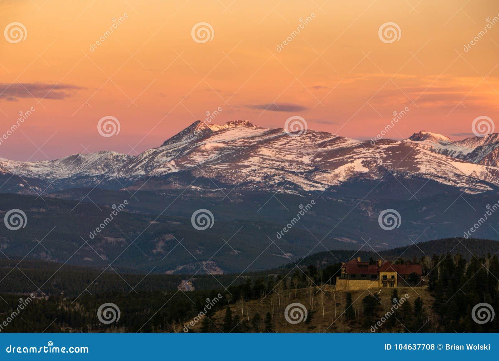 Download Het Park Van De Staat Van De Golden Gatecanion Stock Foto - Afbeelding bestaande uit park, zonsopgang: 104637708