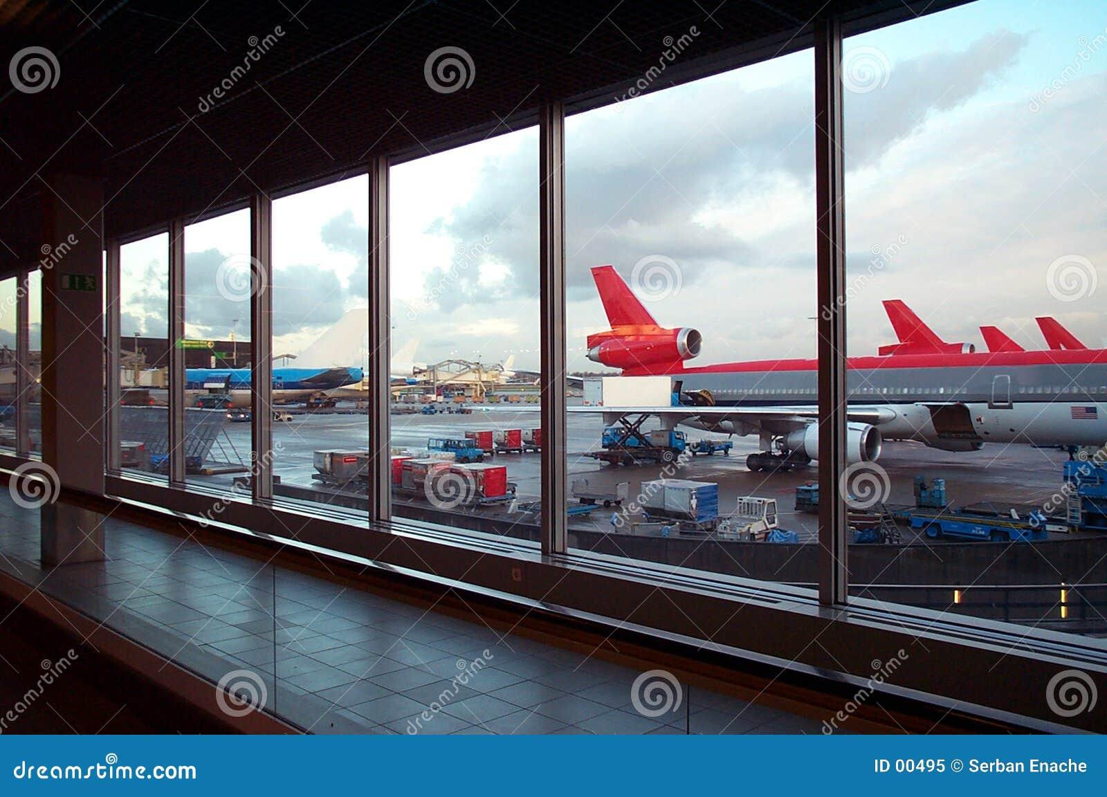 Het parkeren van de luchthaven