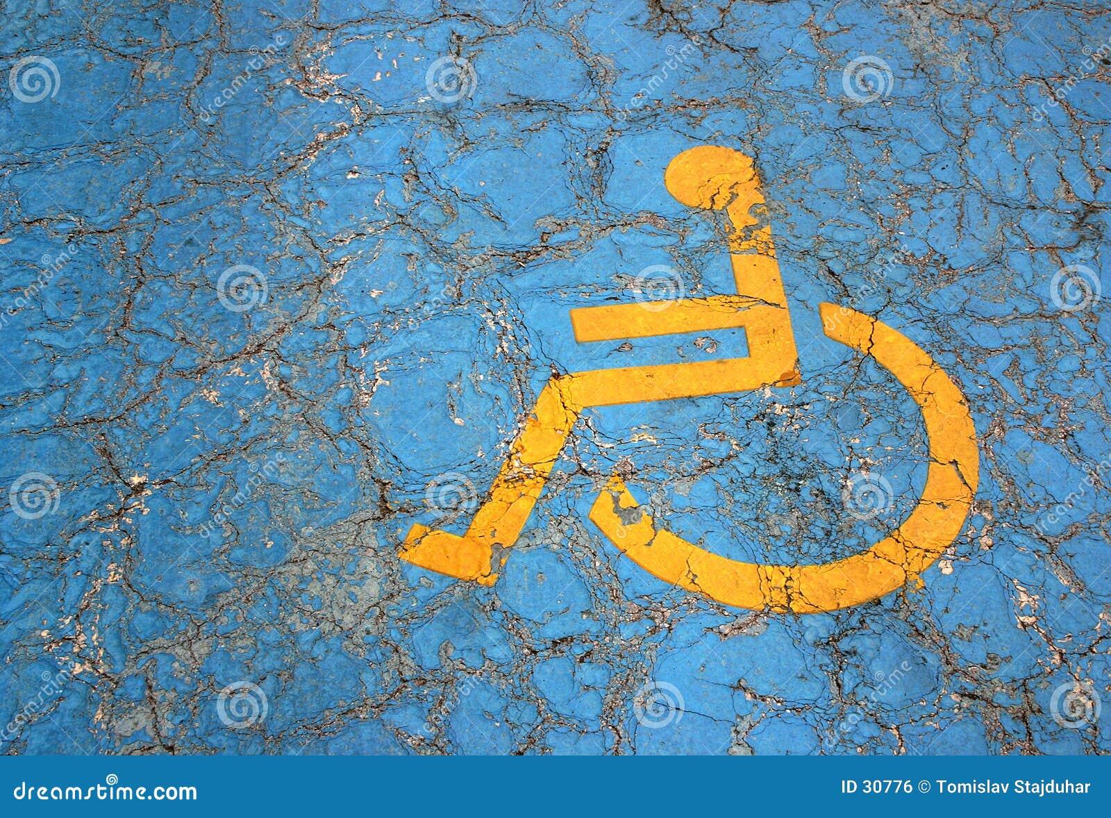 Het parkerenplaats van de handicap