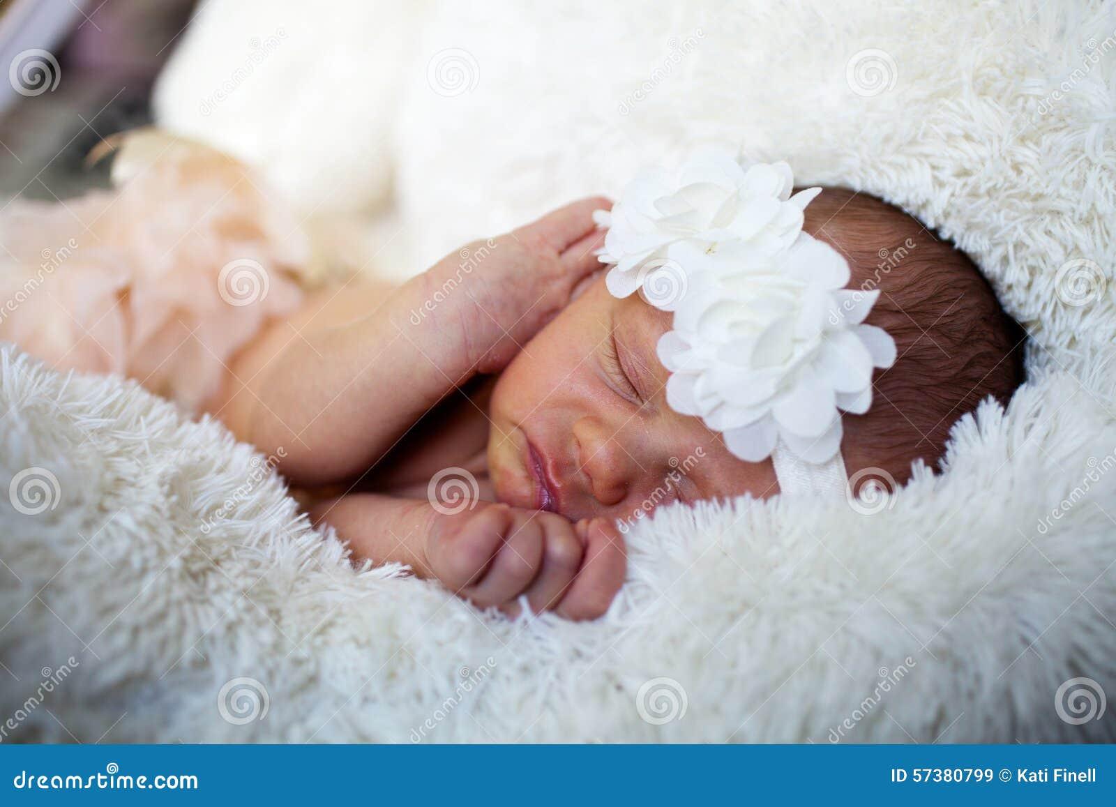 Het pasgeboren Meisje van de Baby
