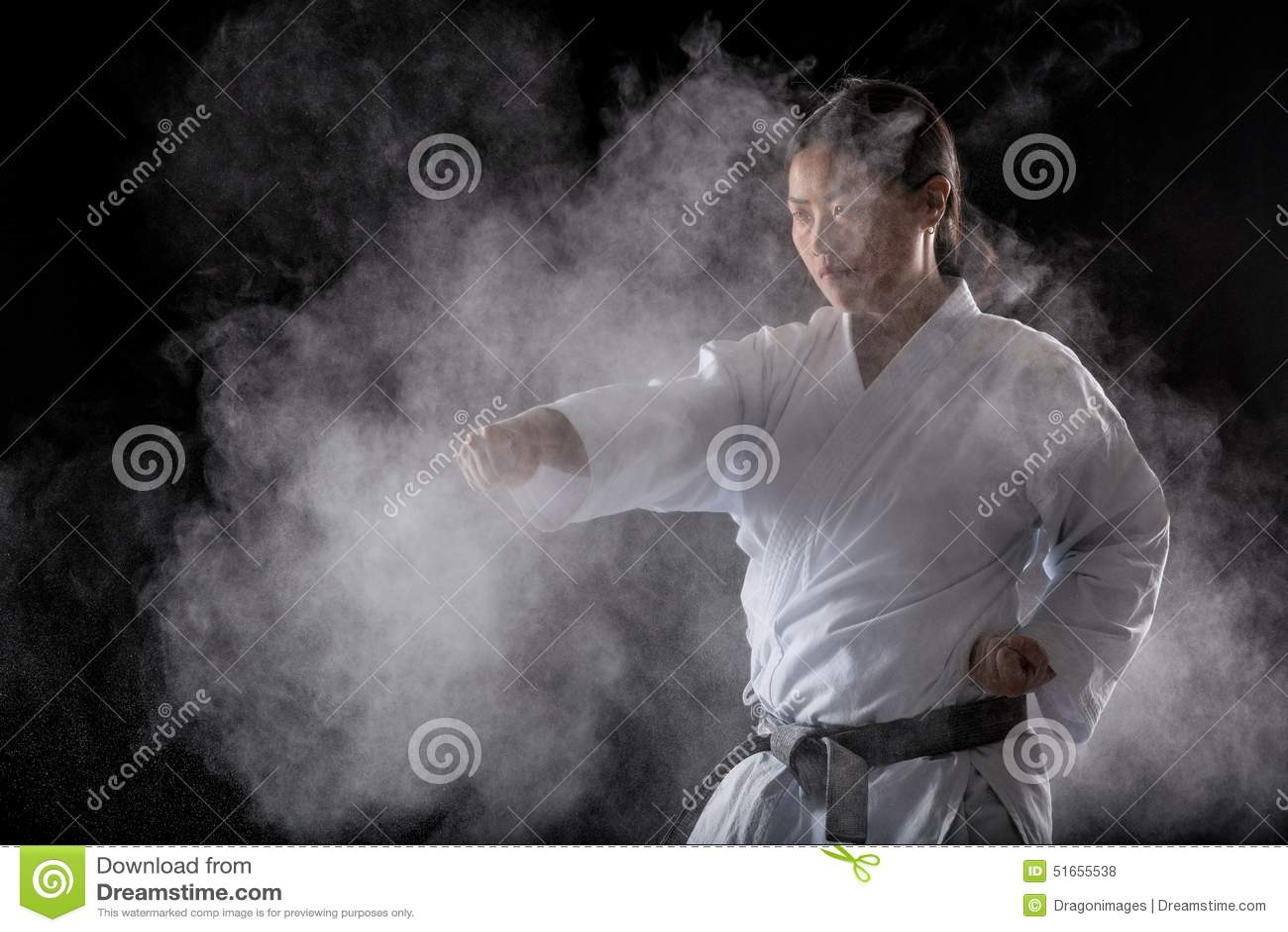 Het praktizeren karate