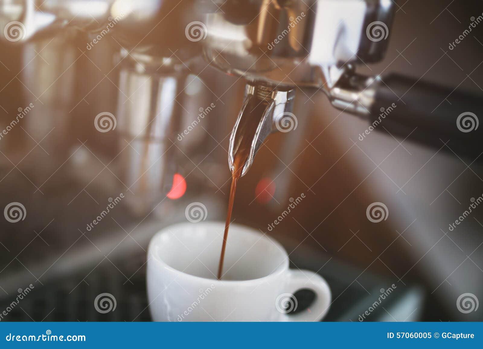 Het procédé van de koffieextractie van beroeps