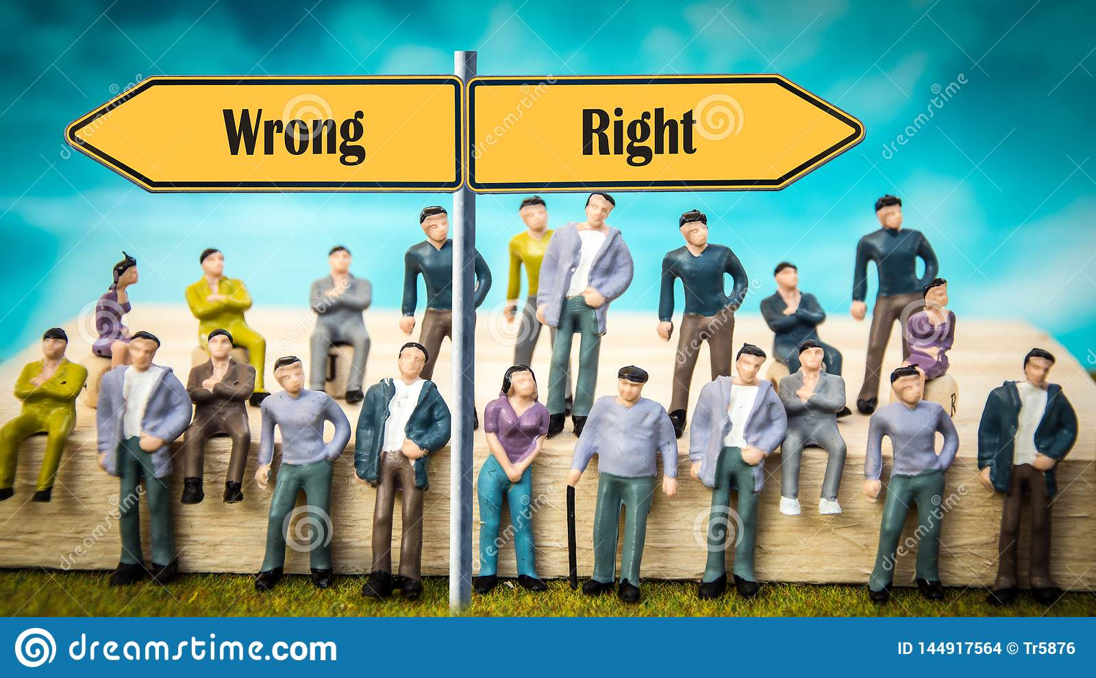 Het Recht van het straatteken tegenover Verkeerd