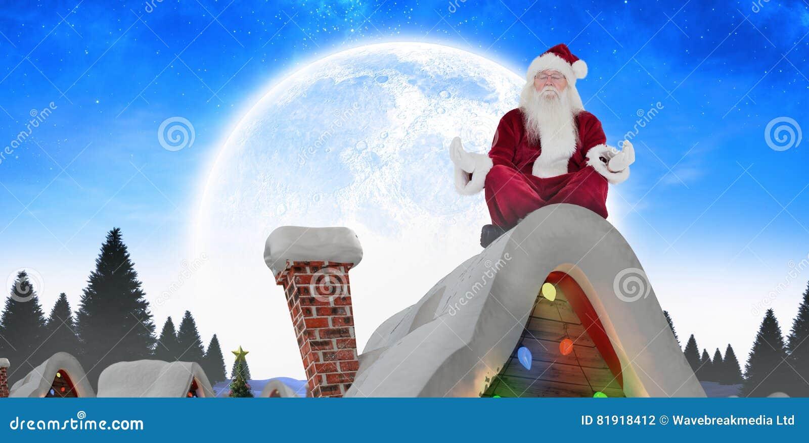 Het samengestelde beeld van de Kerstman zit en mediteert