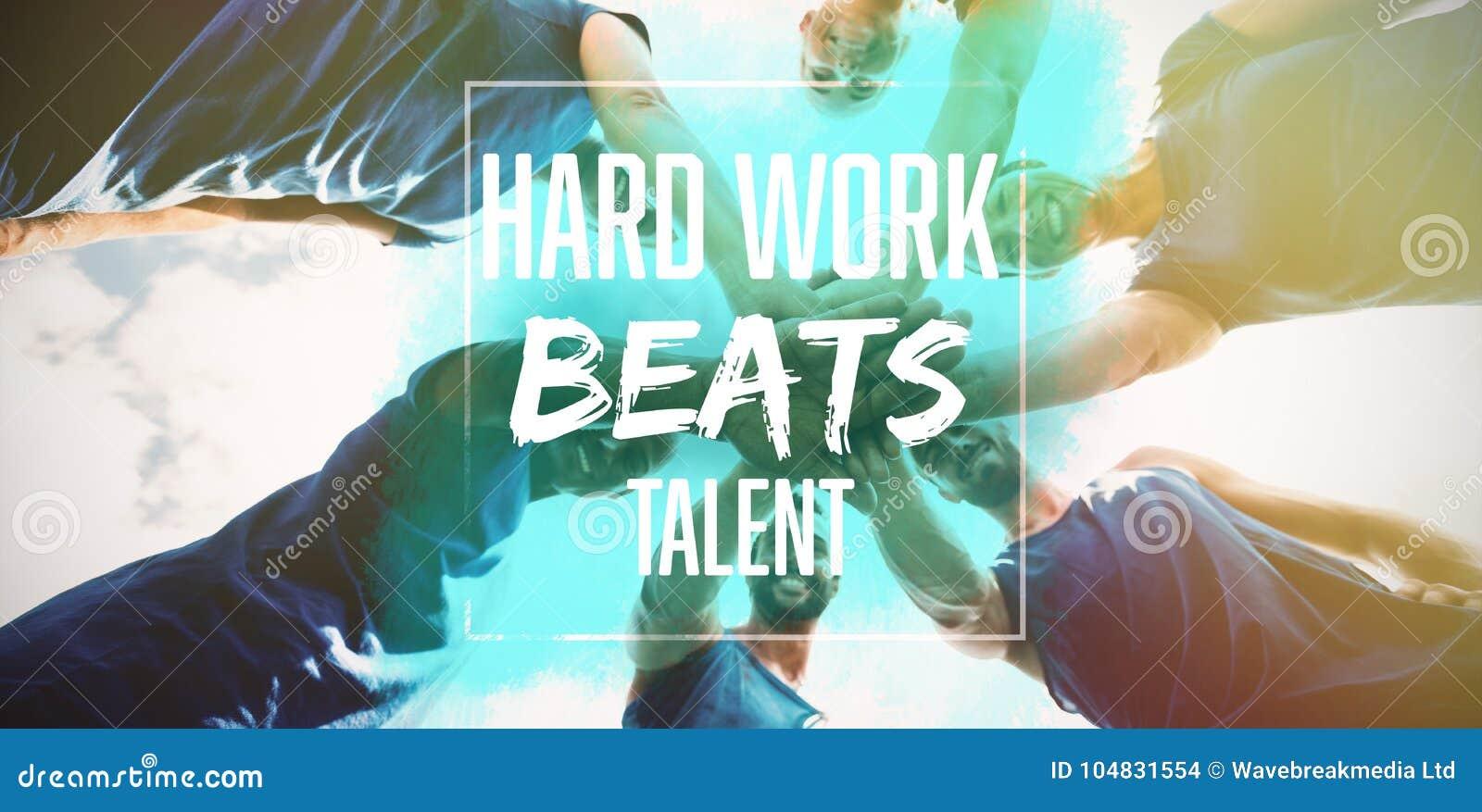 Het samengestelde beeld van het harde werk slaat talent