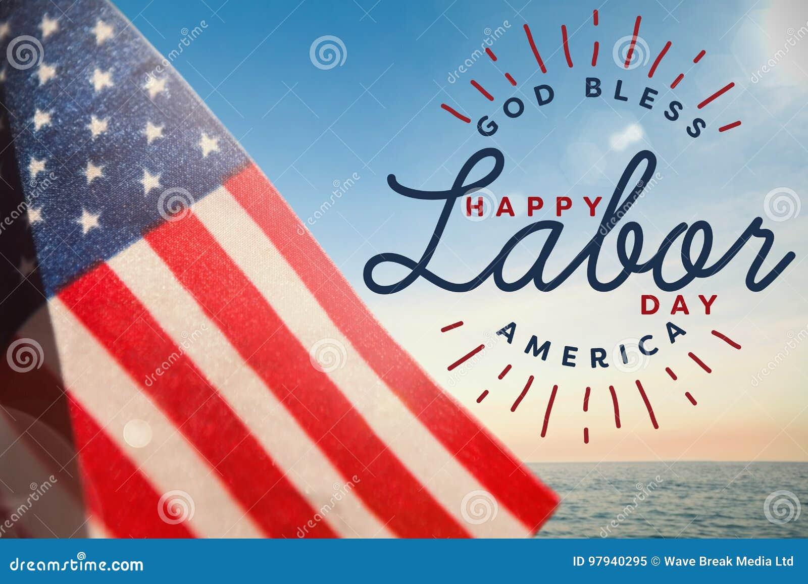 Het samengestelde beeld van samengesteld beeld van gelukkige arbeidsdag en de god zegenen de tekst van Amerika
