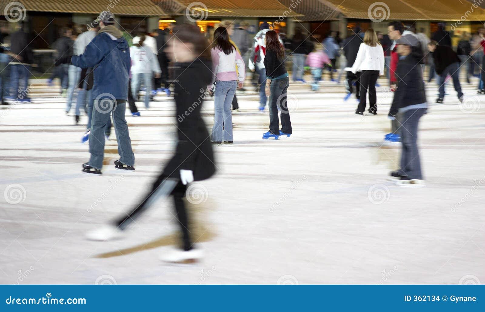 Het schaatsen bij bryant park
