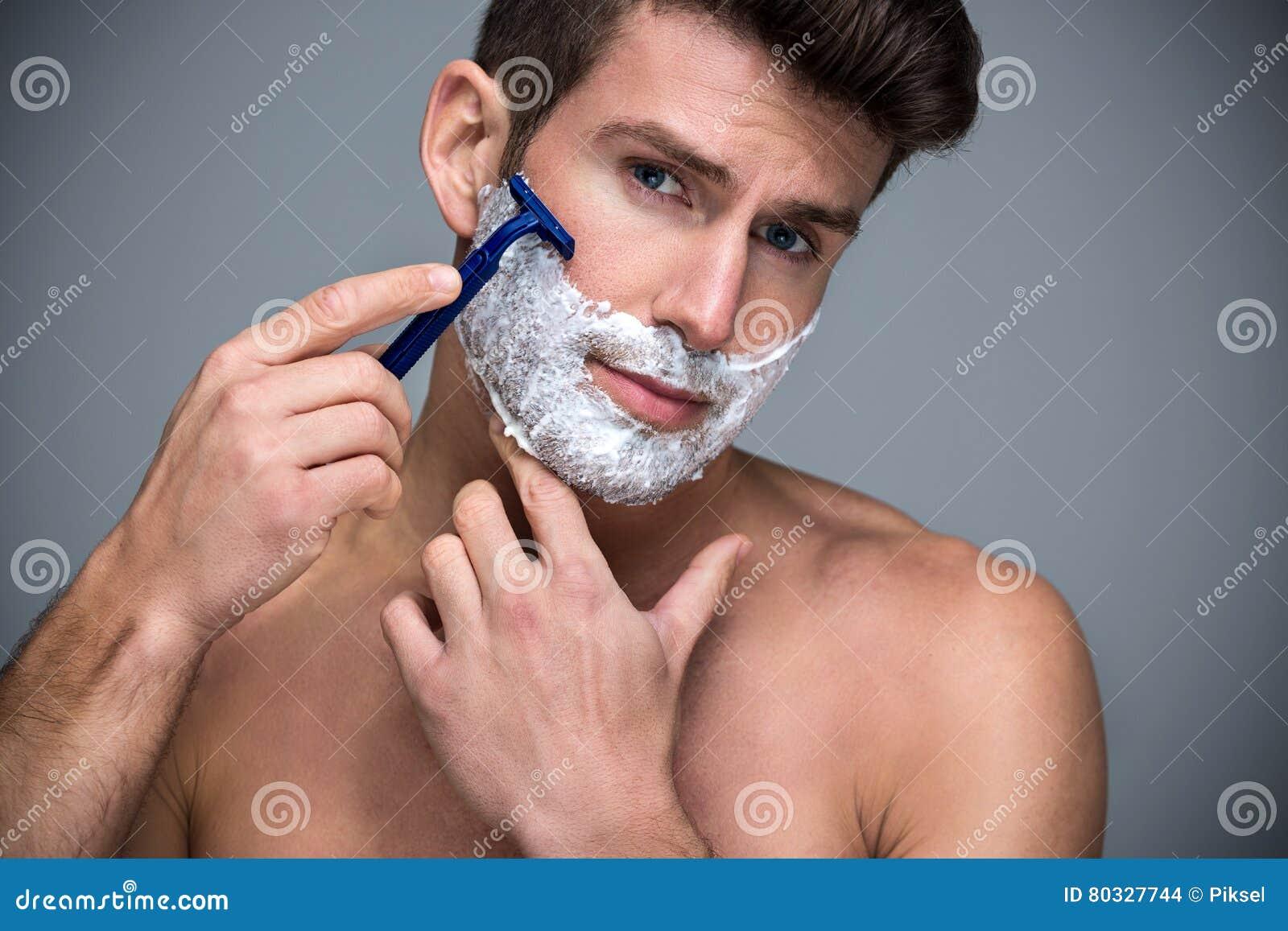 Het scheren van de mens