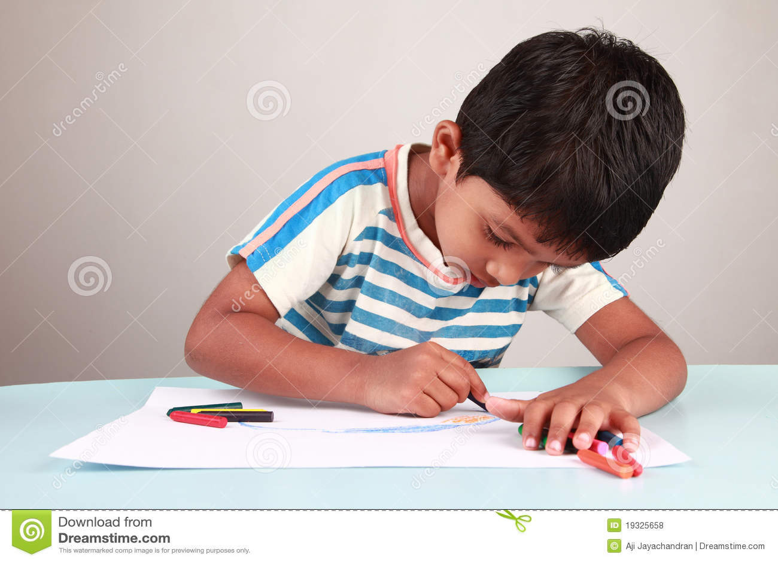 Het schilderen van de jongen