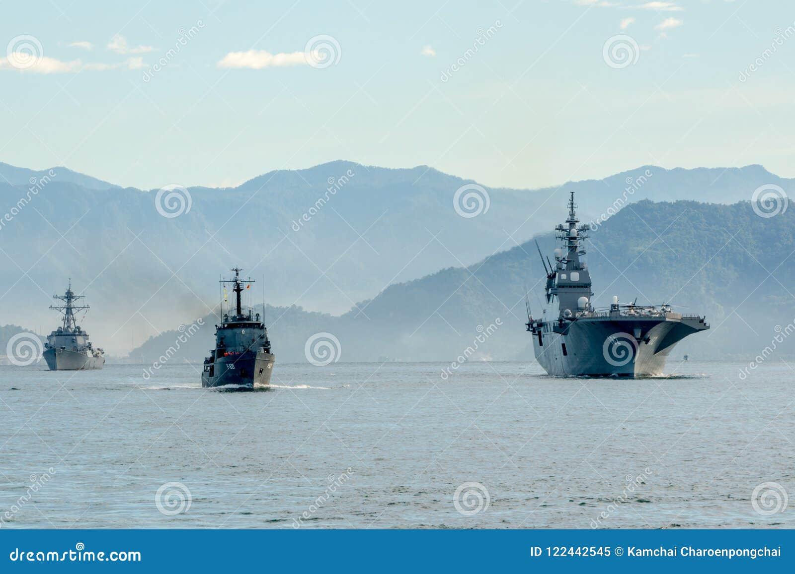 Het schip van SLNS Samudura P621 Sri Lanka, het schip van JS ddh-182 Ise Japanese, USS Stockdale ddg-106 het schip van de V.S.
