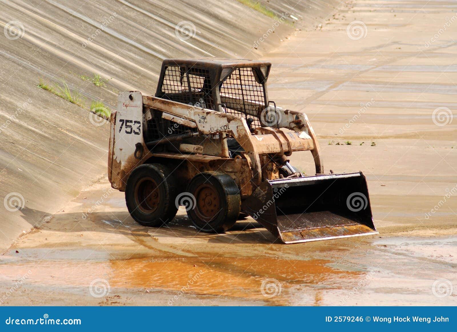 Het schoonmaken van de arbeider en van het afvoerkanaal