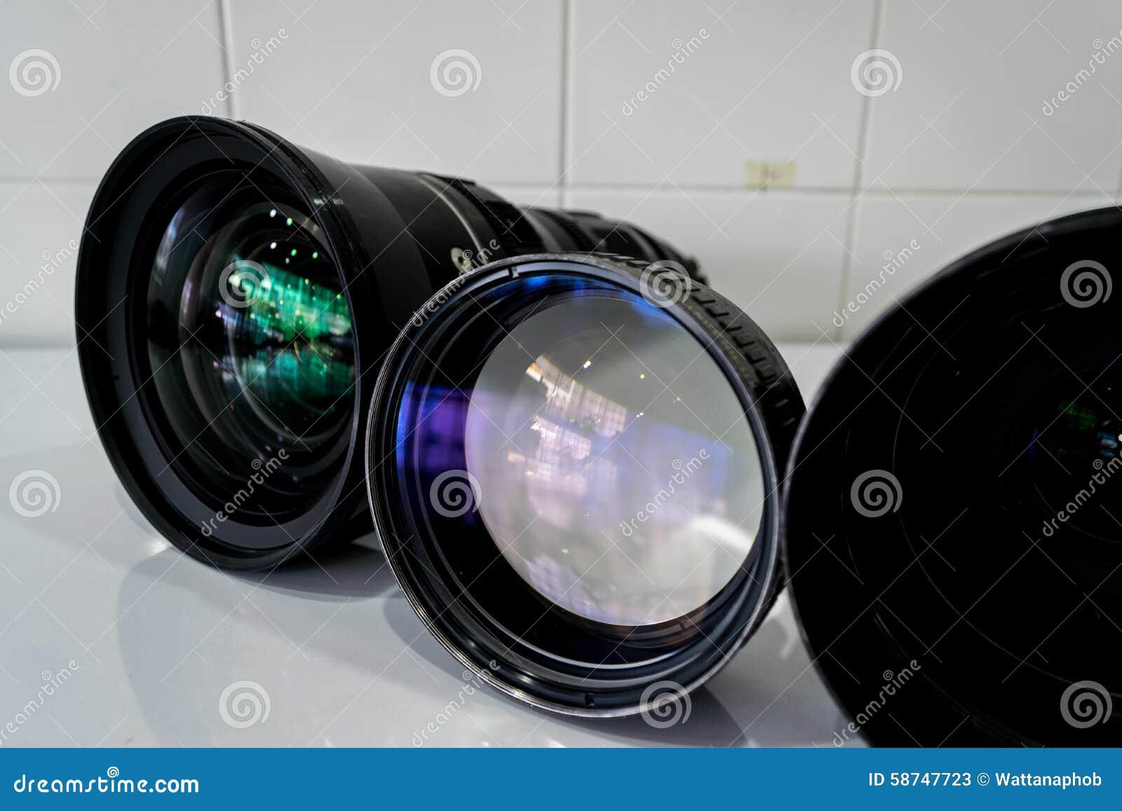 Het schoonmaken van de digitale camera van de lensfilter for Camera schoonmaken